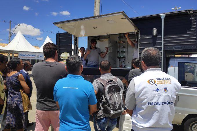 Vigilância Sanitária orienta proprietários de food trucks e trailers para regularização