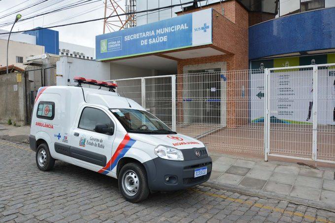 Ambulância recebida pela Prefeitura vai beneficiar população da Zona Rural
