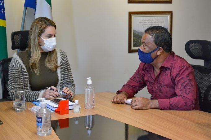 Vereador Dinho dos Campinhos apresenta demandas da região à prefeita Sheila Lemos