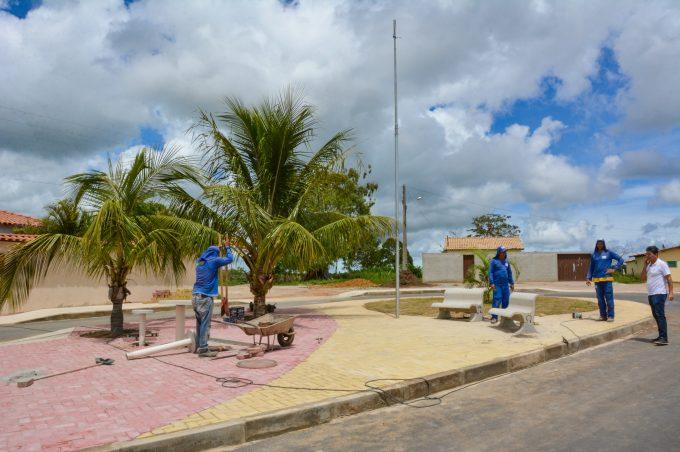 """Povoado de Cabeceira recebe diversas obras e moradores festejam: """"Estão cuidando das pessoas!"""""""