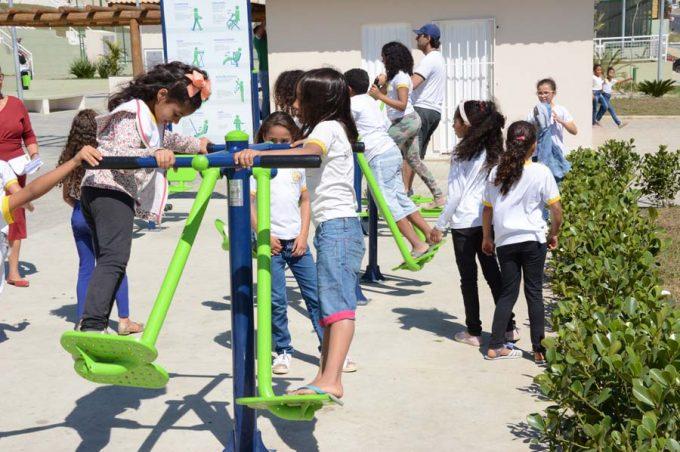 Secretaria de Meio Ambiente encerra Semana da Primavera em escola municipal