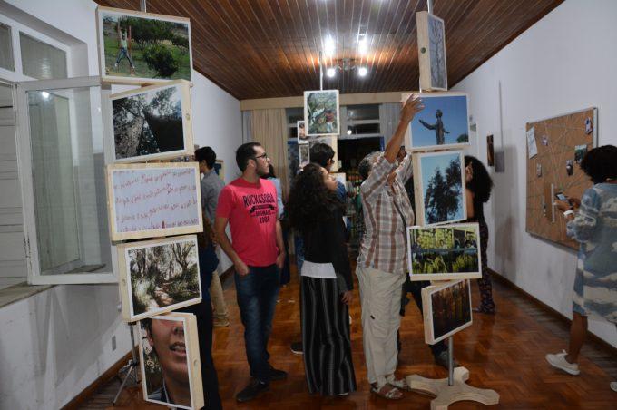 """Mostra """"Exposições Dialogadas"""" apresenta produções dos Caps de Vitória da Conquista"""