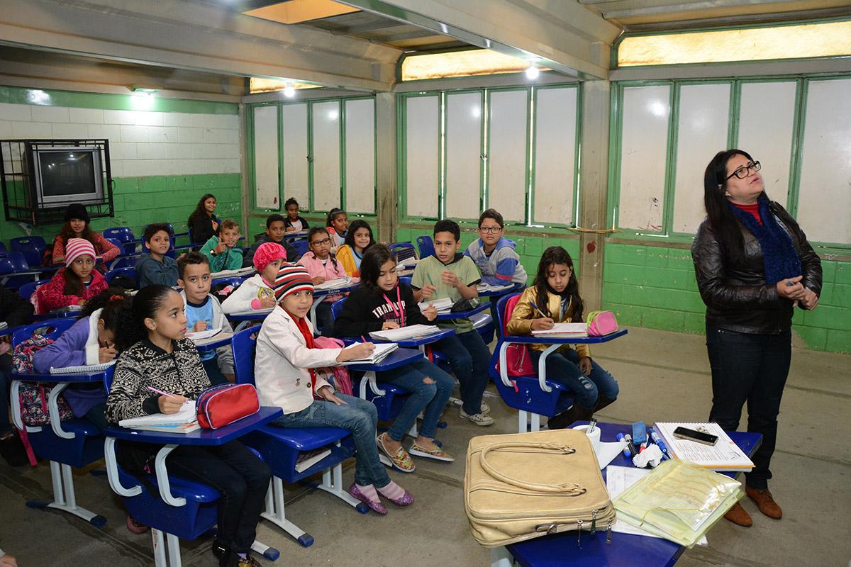 Volta às aulas: professores e alunos retornaram às escolas municipais nesta segunda-feira, 3