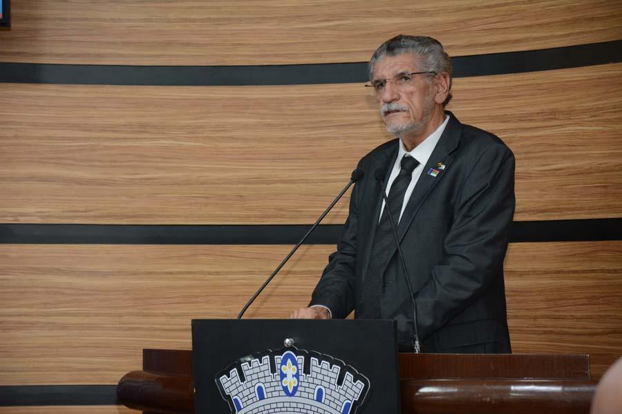 Prefeito Herzem Gusmão participa de homenagem à Rádio Clube na Câmara de  Vereadores - Prefeitura Municipal de Vitória da Conquista - PMVC