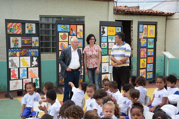 Os estudantes fizeram releituras das obras de Romero Brito e Gustavo Rosa