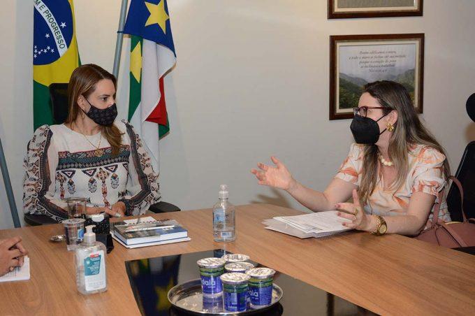 Seca e demandas da Roseira são avaliadas pela prefeita Sheila Lemos e vereadora Viviane Sampaio