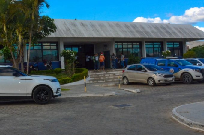 Agentes de fiscalização registram Boletim de Ocorrência contra vereador