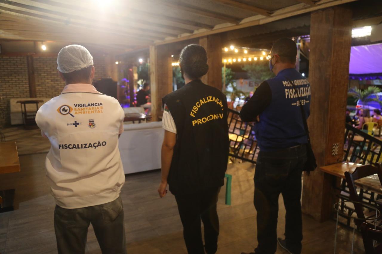 Equipes de fiscalização fazem inspeções noturnas em bares da cidade -  Prefeitura Municipal de Vitória da Conquista - PMVC