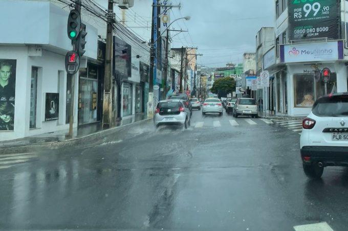Defesa Civil está alerta com previsão de continuidade de chuvas intensas