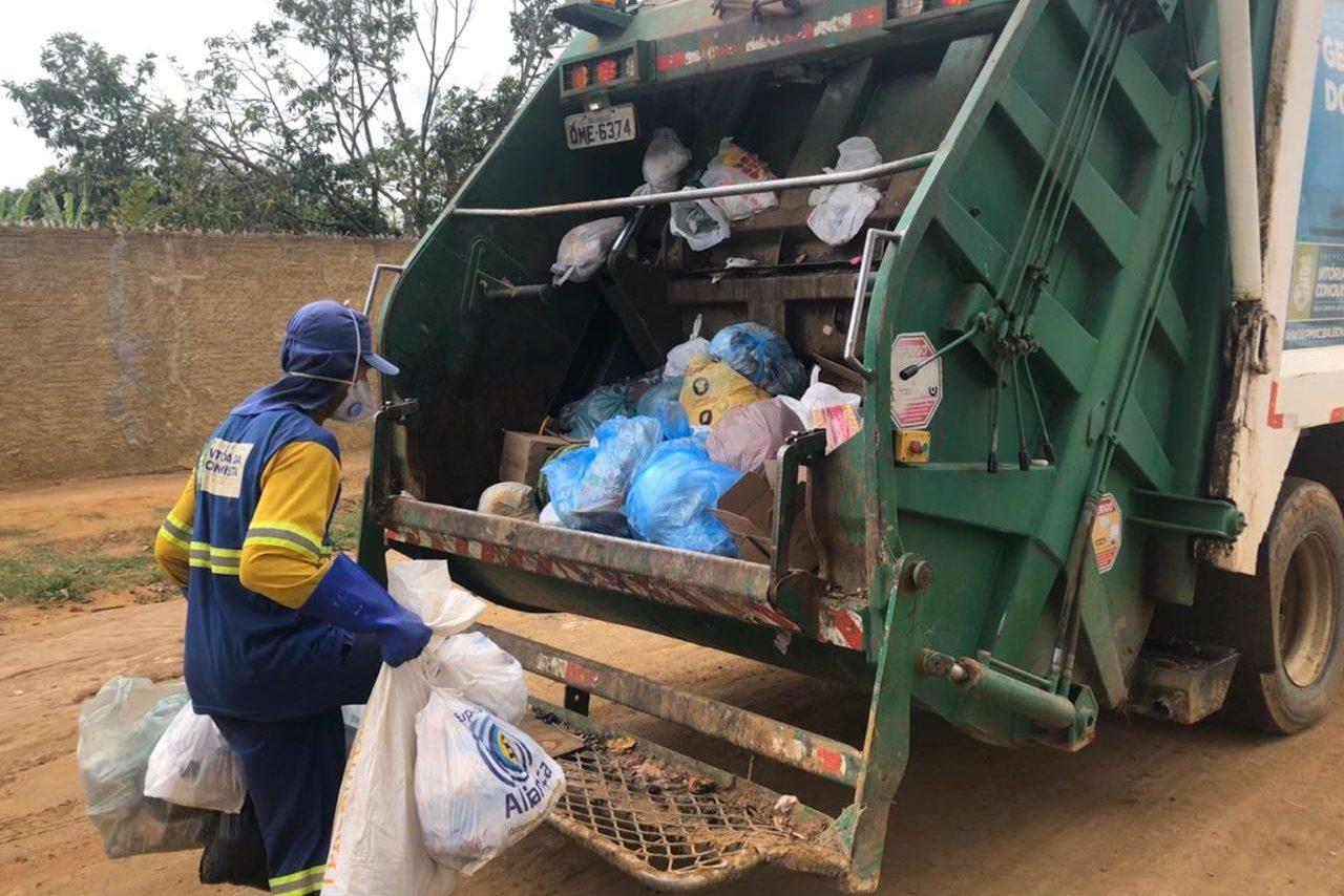 Descarte incorreto de objetos cortantes prejudica profissionais que atuam  na coleta de lixo - Prefeitura Municipal de Vitória da Conquista - PMVC