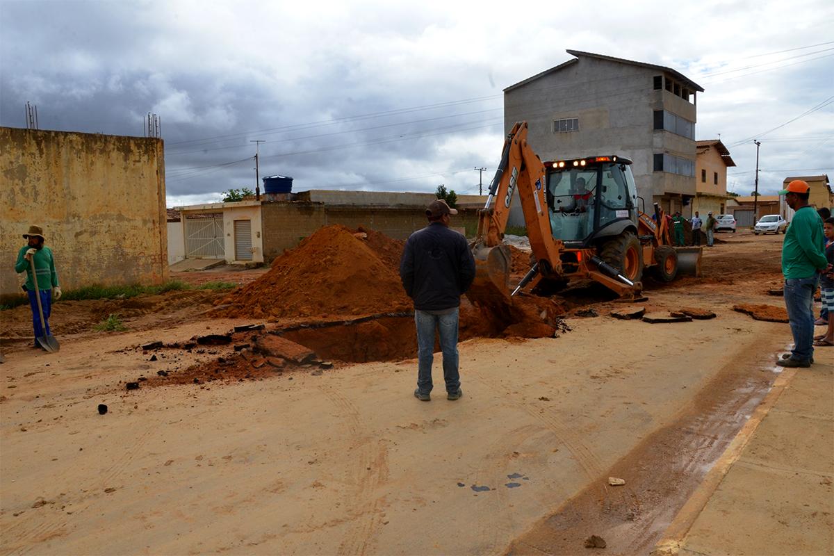 Prefeitura trabalha para recuperar trecho da Perimetral no Coveima