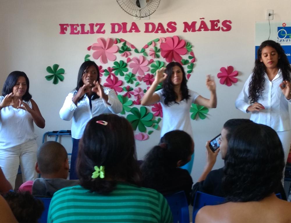 Cemerf realiza atividades especiais para celebrar o Dia das Mães