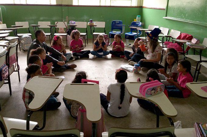 Alegria e diversão na volta às aulas das escolas municipais